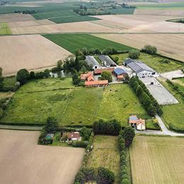 Installations du centre équestre près de Steenvoorde et Hazebrouck